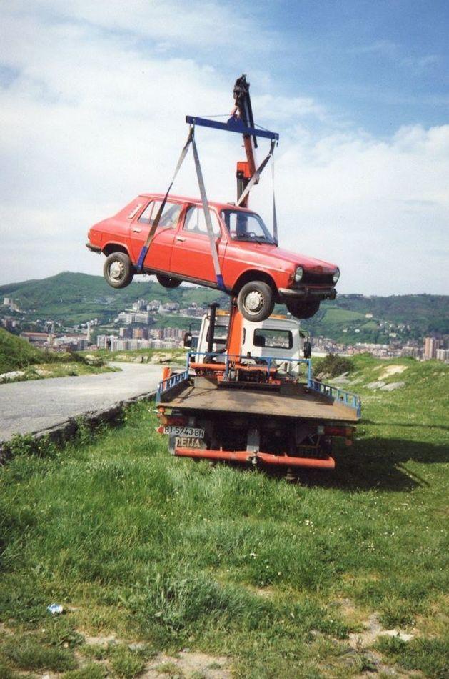 Asistencia carretera grua-pluma