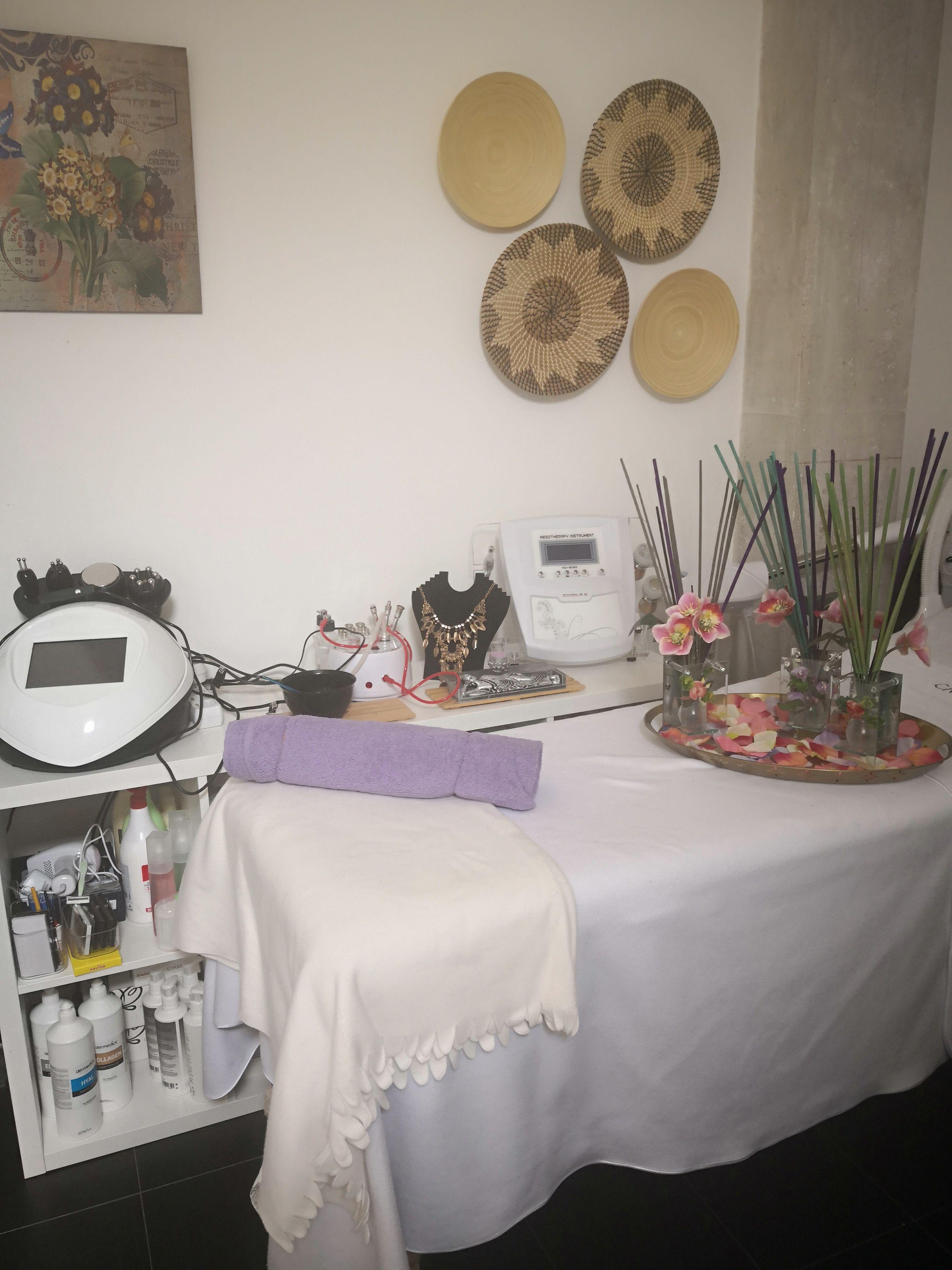 Envolturas: Servicios  de Centro de Estética El Rincón de Lola