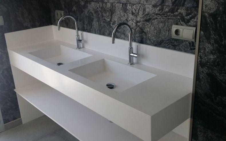 Pinturas para fabricantes de muebles de baño de resina