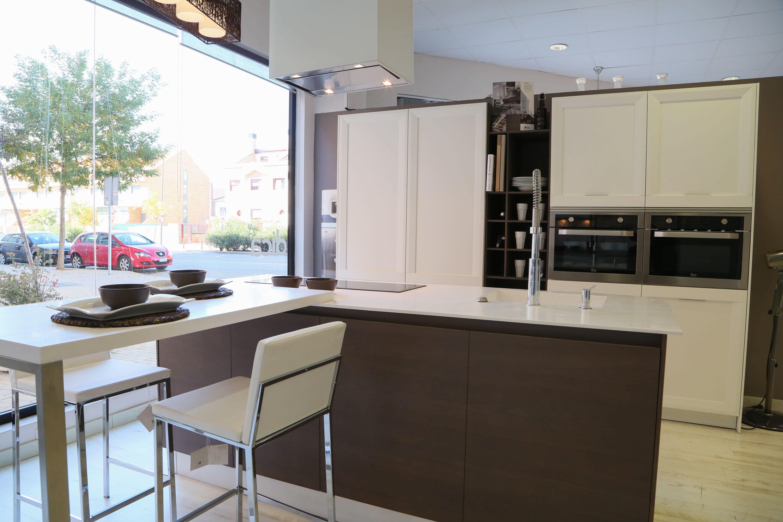 Foto 9 de muebles de ba o y cocina en getafe estudio de for Muebles getafe