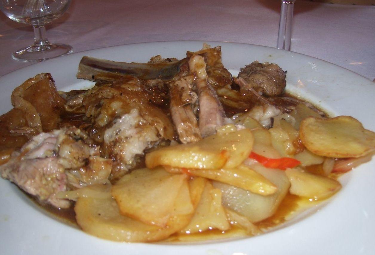 Foto 6 de Cocina catalana en La Vajol | Restaurante Piscina Manrella