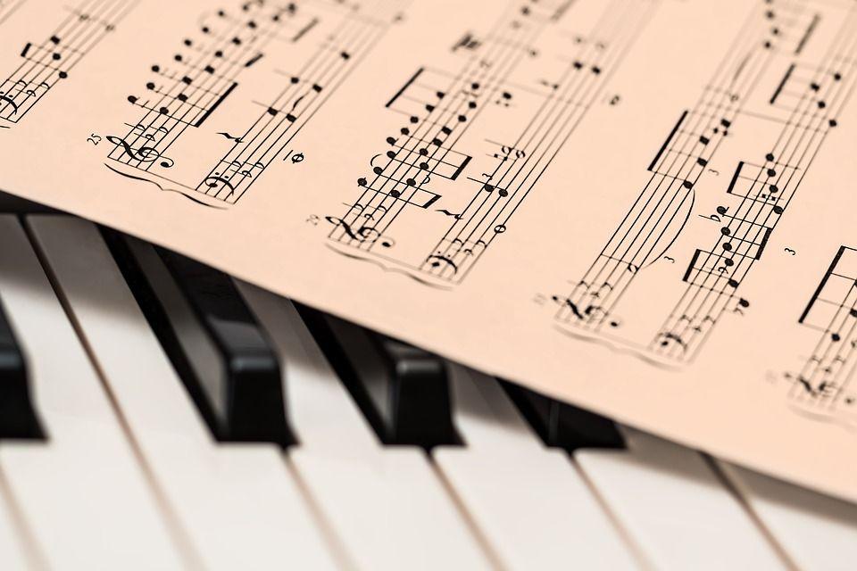 Libros y partituras: Productos y servicios de Pentagrama