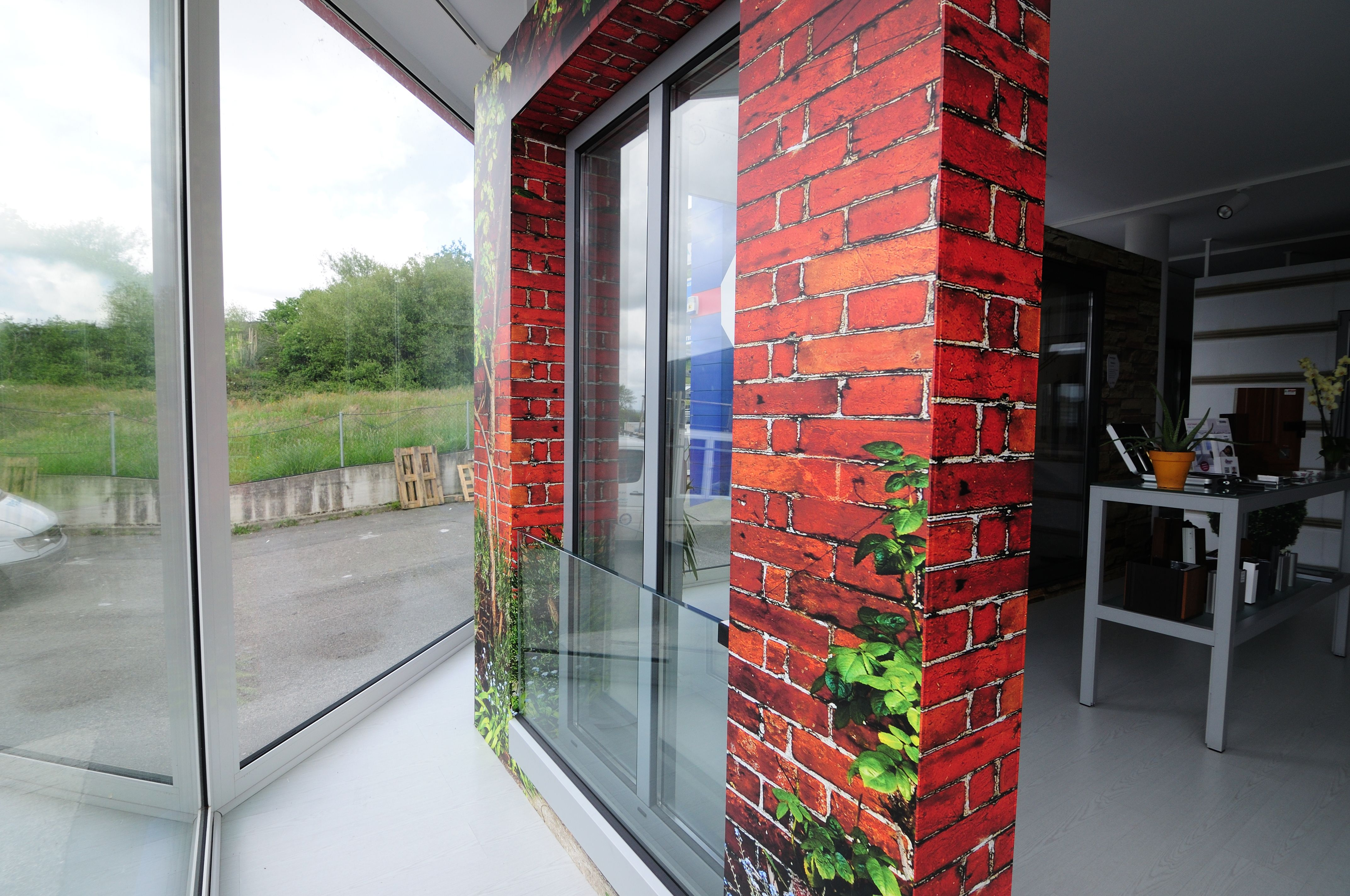 Contamos con cerramientos de calidad para terrazas, balcones, patios...