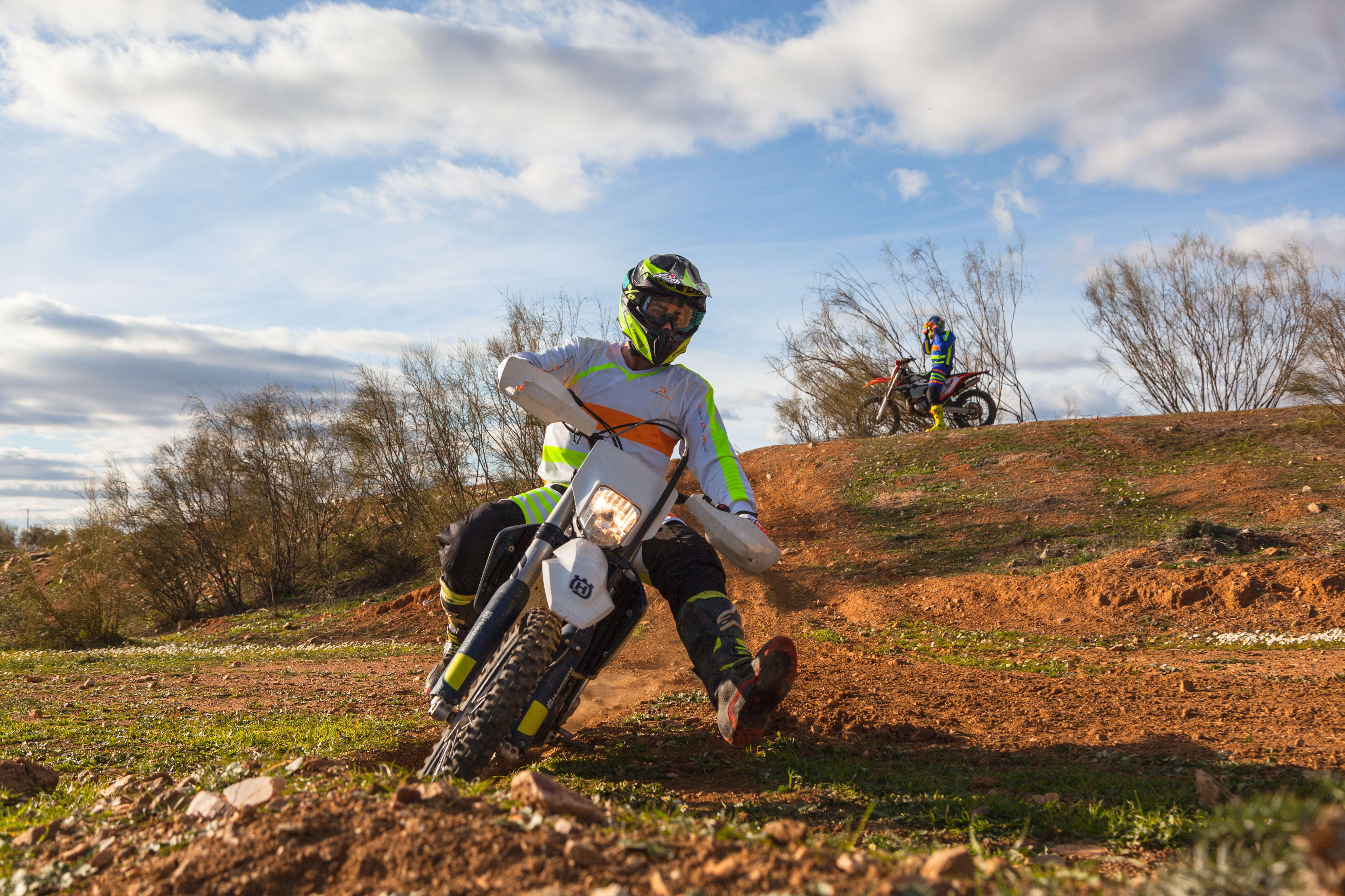 Equipación deportiva para motos off road