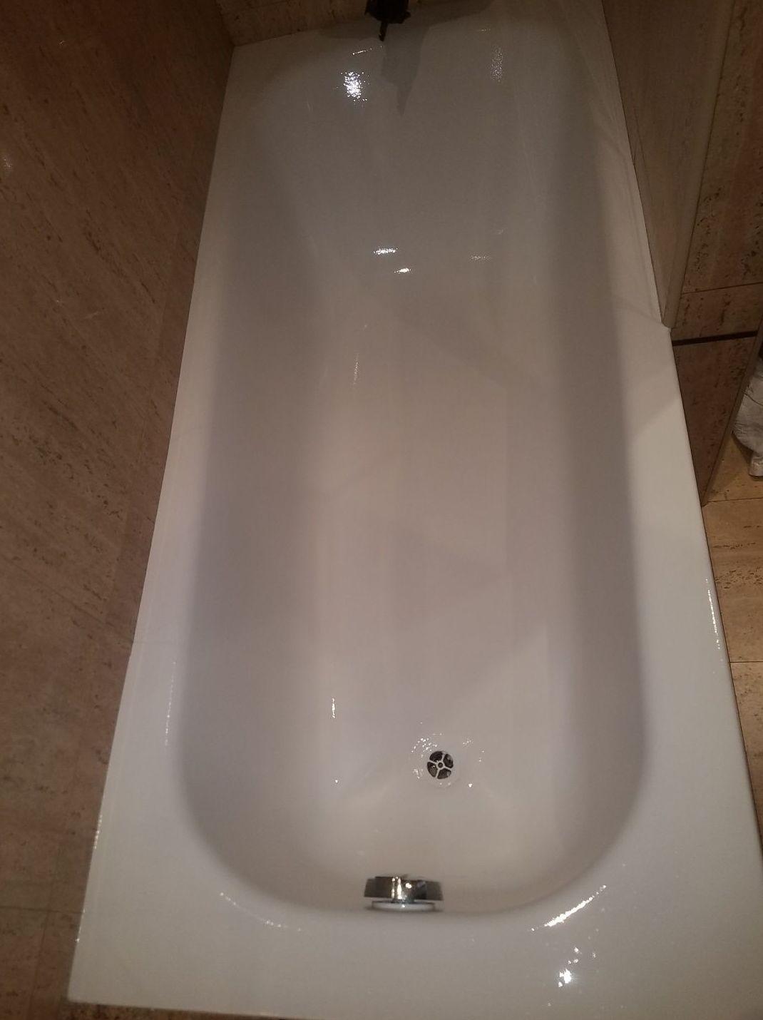Foto 33 de Restauración de bañeras y encimeras en Barcelona en  | DOCTOR BAÑERA RESTAURACIONES FIVE STARS