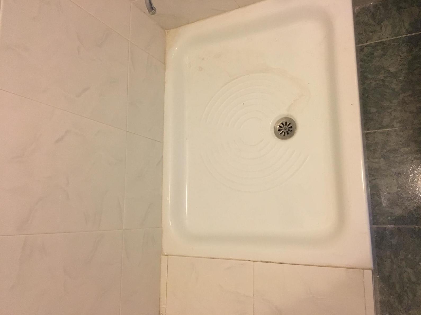Foto 11 de Restauración de bañeras y encimeras en Barcelona en  | DOCTOR BAÑERA RESTAURACIONES FIVE STARS