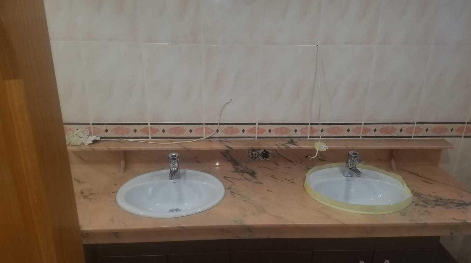 Foto 7 de Restauración de bañeras y encimeras en Barcelona en  | DOCTOR BAÑERA RESTAURACIONES FIVE STARS