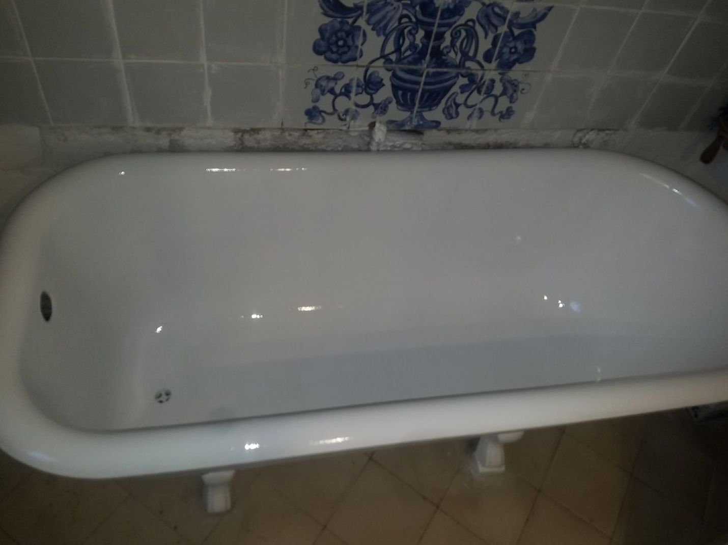 Foto 41 de Restauración de bañeras y encimeras en Barcelona en  | DOCTOR BAÑERA RESTAURACIONES FIVE STARS