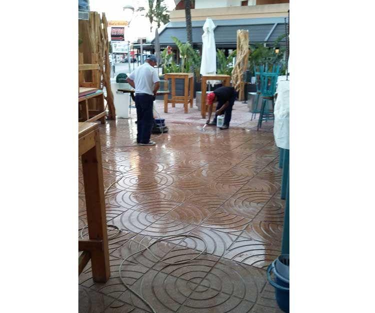 Floor polishing and brightening in Ibiza