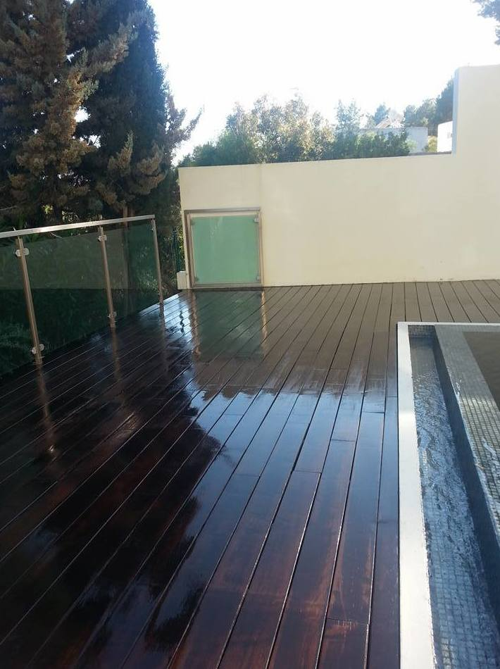 Outdoors wood floors treatment
