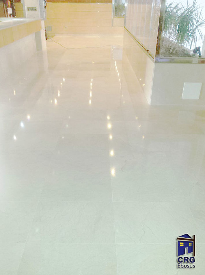 Marble floors polishing and brightening
