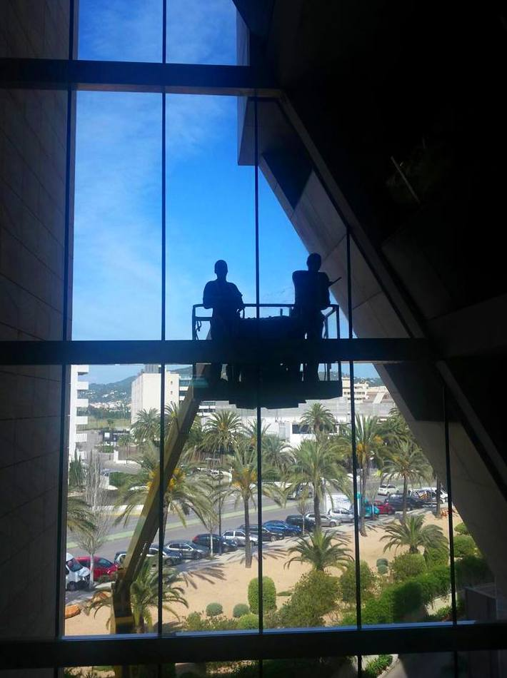 Foto 42 de Floor and vertical concrete polishing en Eivissa | CRG Ebusus