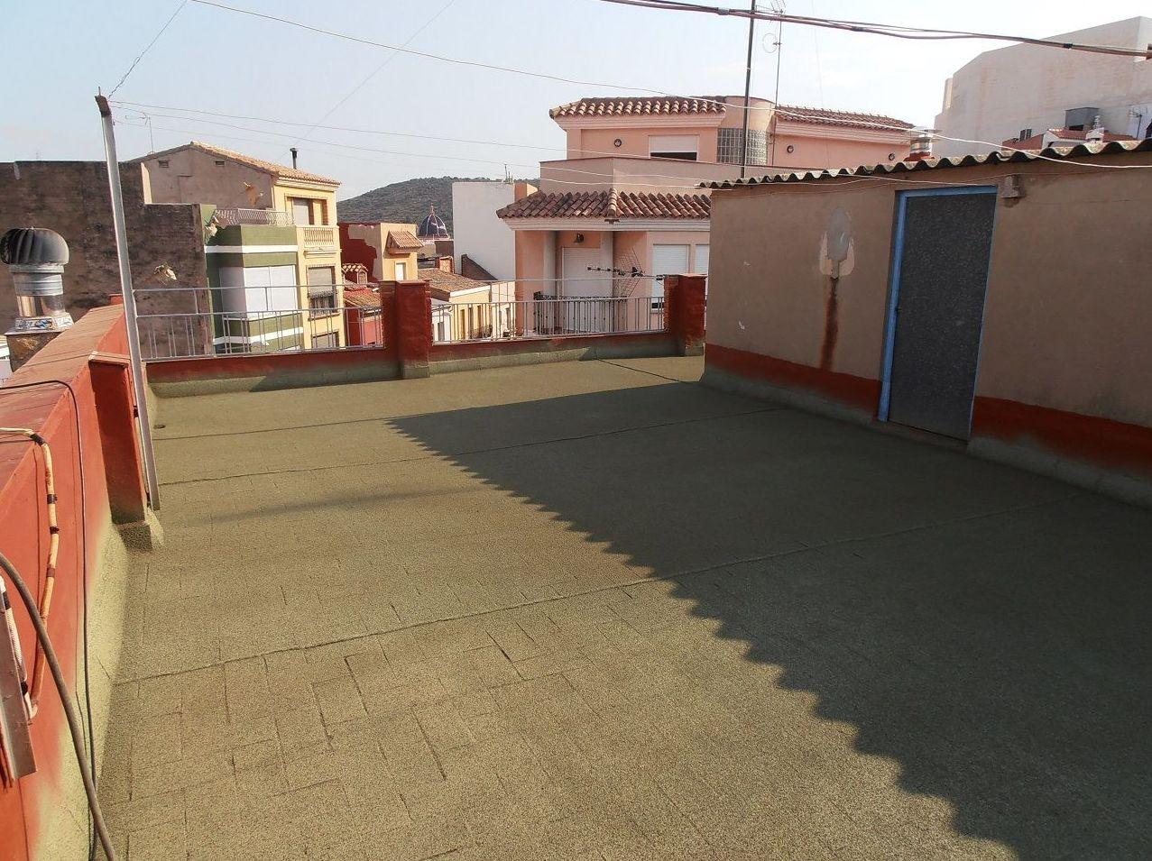 Terraza sin goteras y con aislamiento de corcho proyectado