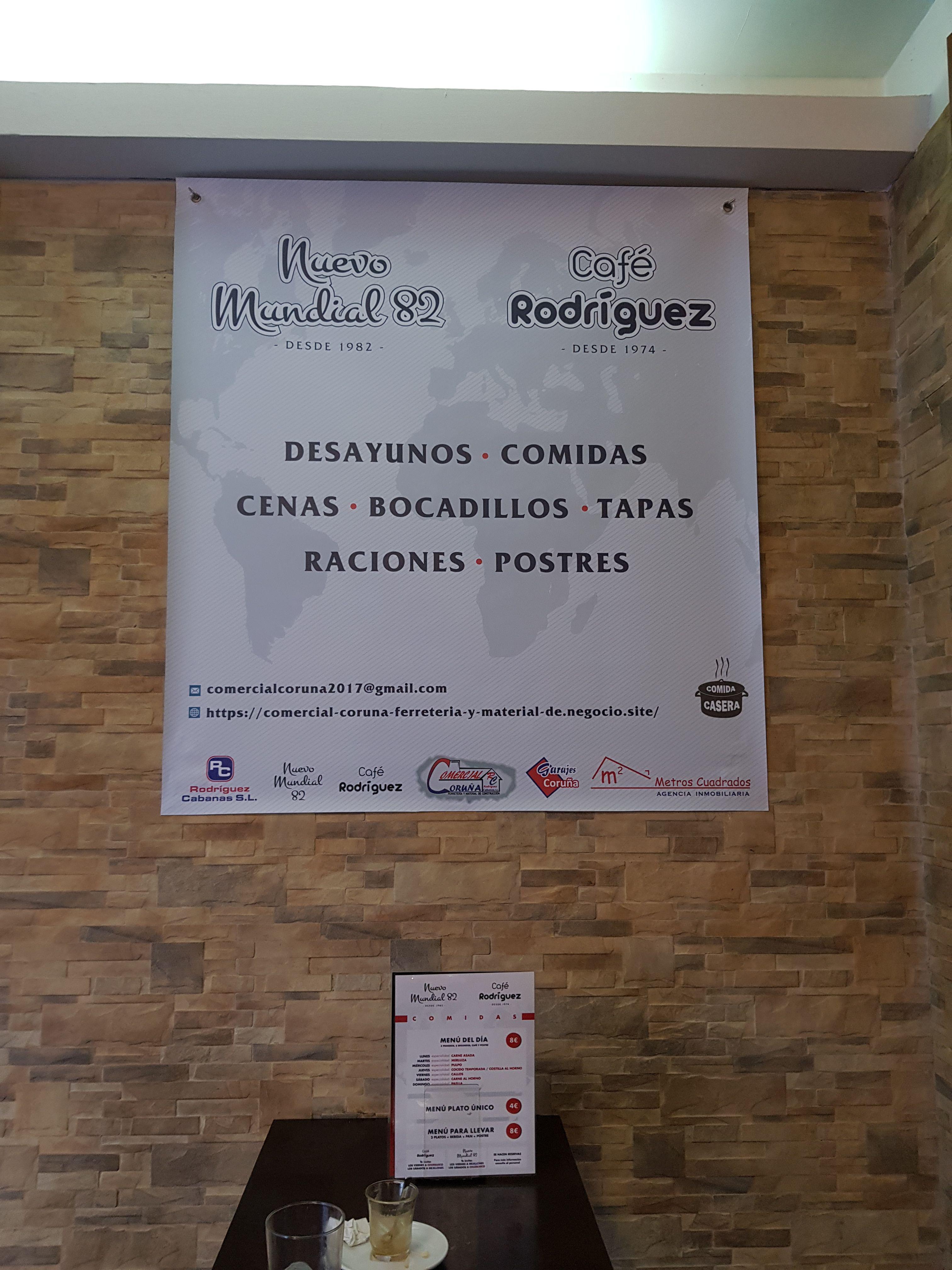 Foto 37 de Restaurante y local de eventos en  | CAFÉ BAR NUEVO MUNDIAL 82 - 1