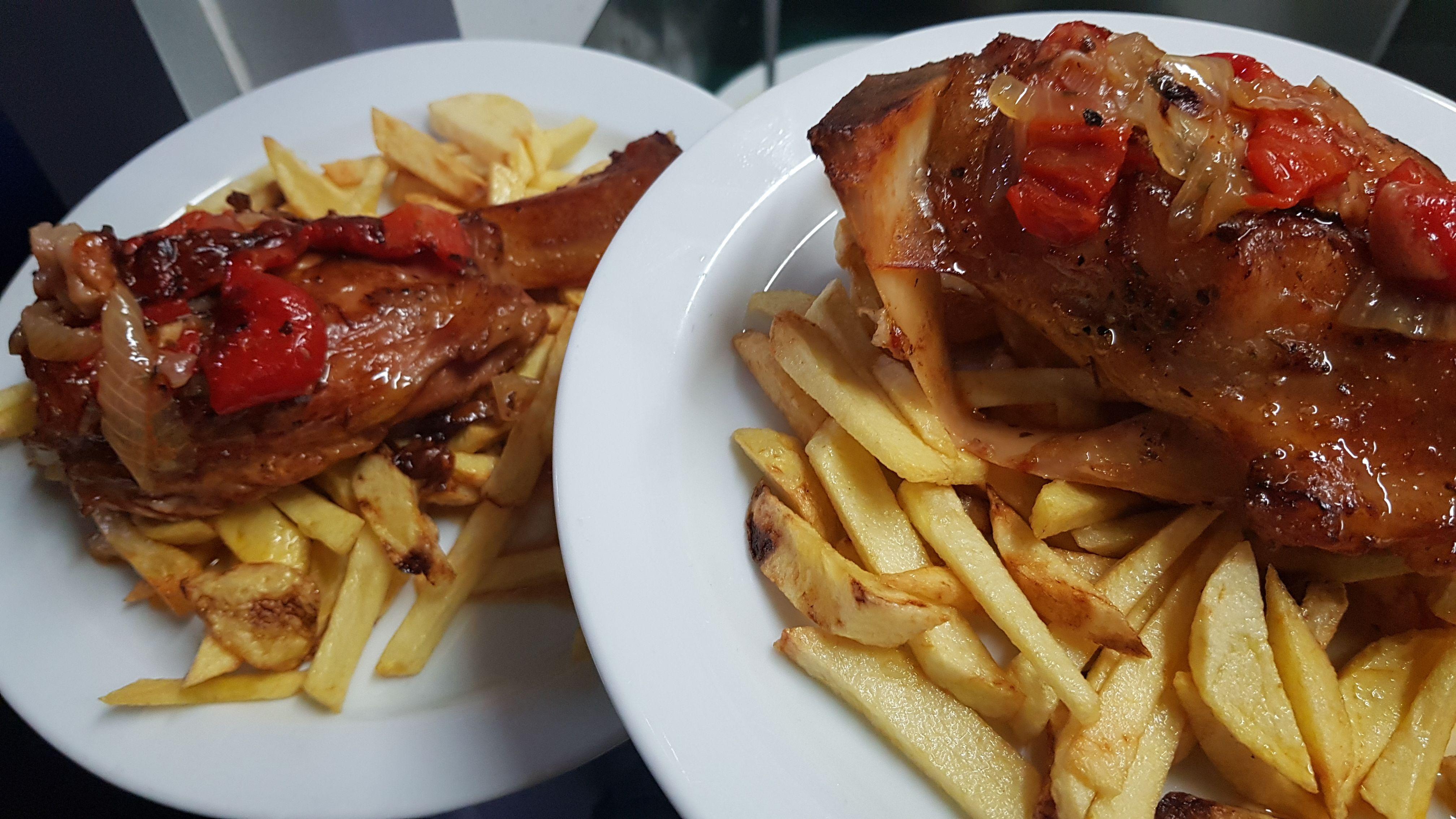 Foto 15 de Restaurante y local de eventos en  | CAFÉ BAR NUEVO MUNDIAL 82 - 1