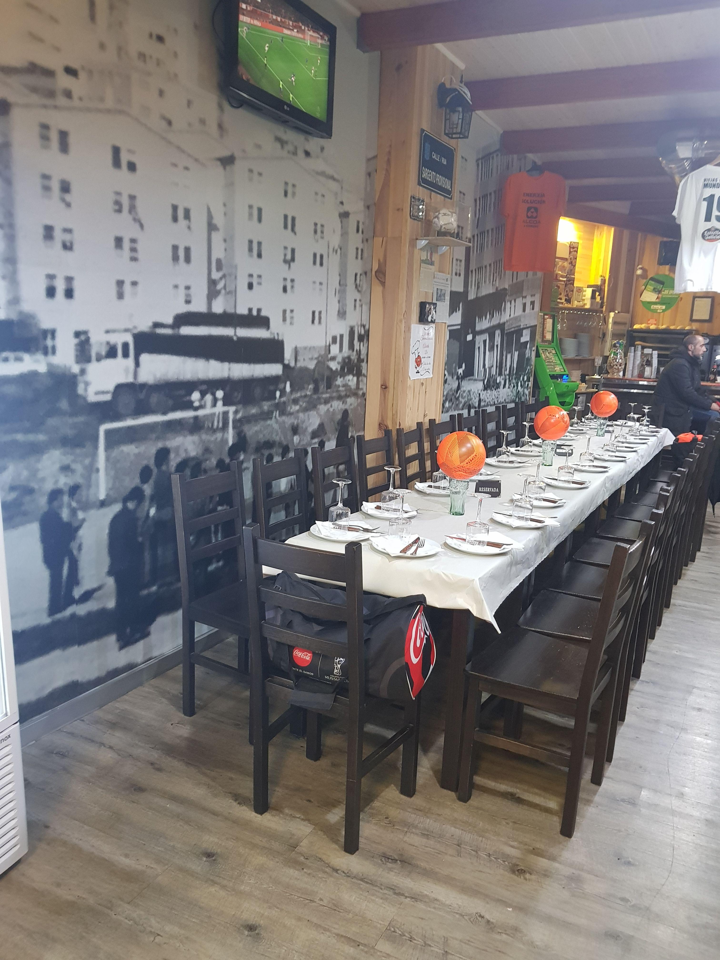 Foto 6 de Restaurante y local de eventos en  | CAFÉ BAR NUEVO MUNDIAL 82 - 1