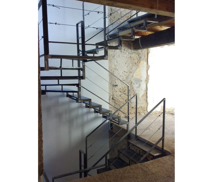 Escaleras de exterior metálicas