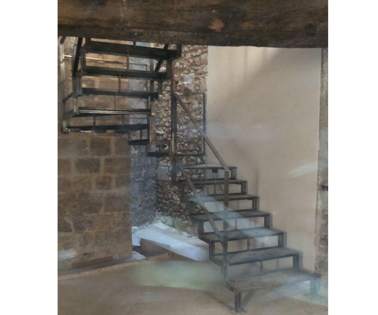 Escaleras de interior metálicas