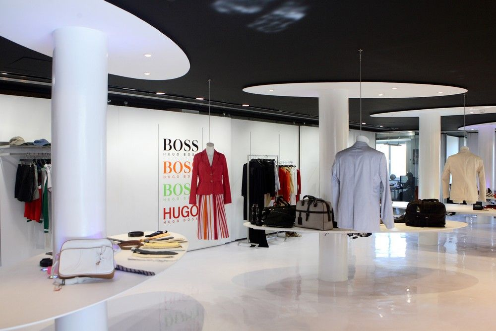 Comercios. Hugo Boss: Proyectos Integrales de comtres
