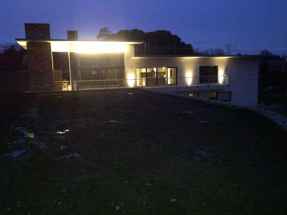 Vista exterior con iluminación LED