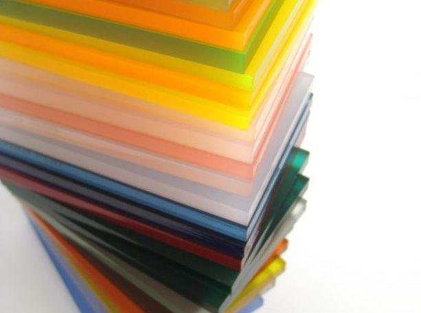 Foto 1 de Plásticos, resinas y caucho en Vitoria-Gasteiz | Bron-Plastic