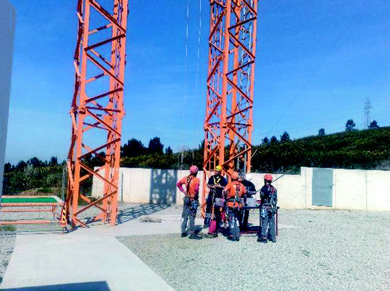 Foto 18 de Trabajos verticales en O Grove | Sergama Reparaciones de Altura