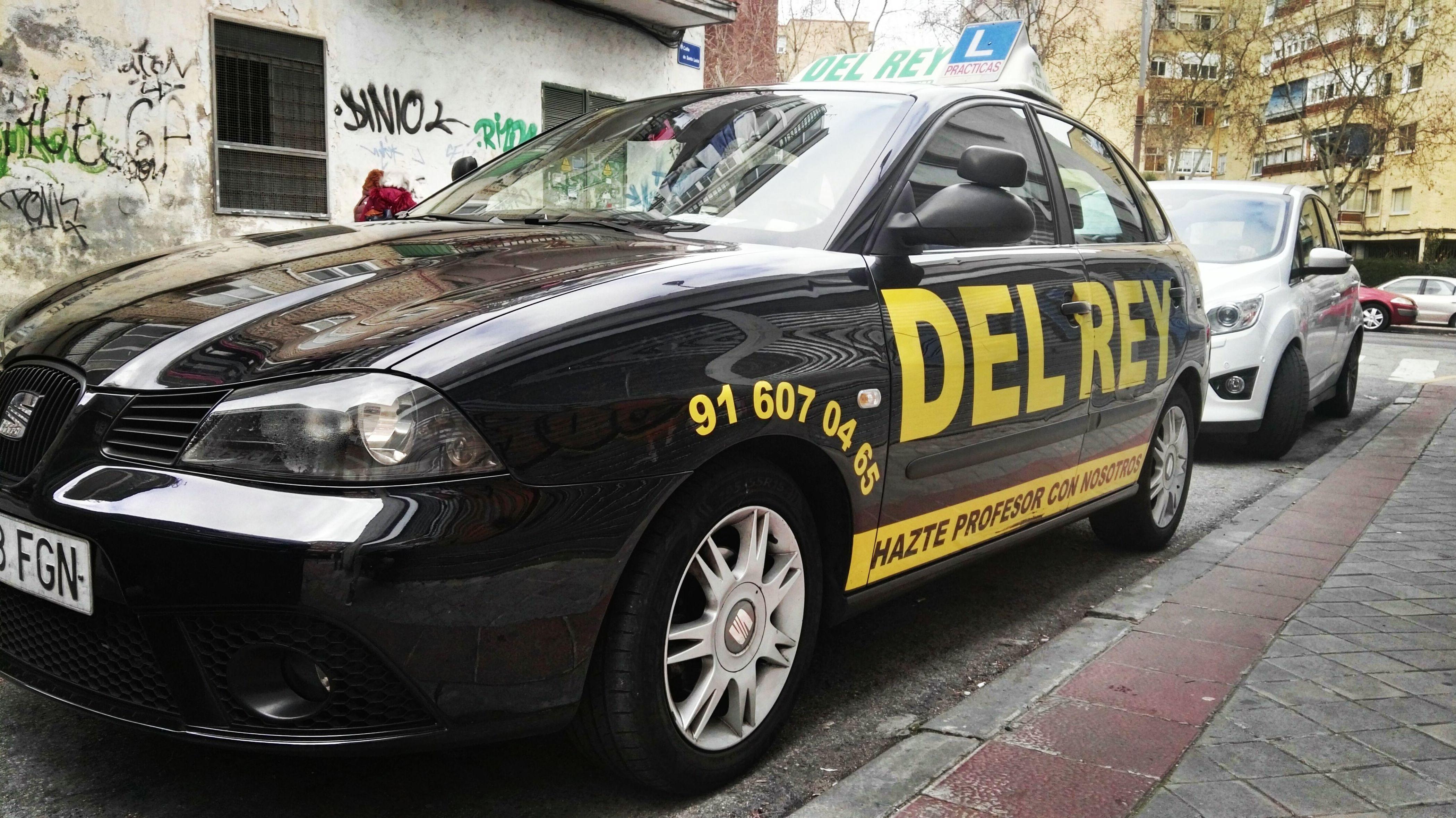 Foto 40 de Autoescuelas en Fuenlabrada | Autoescuela del Rey