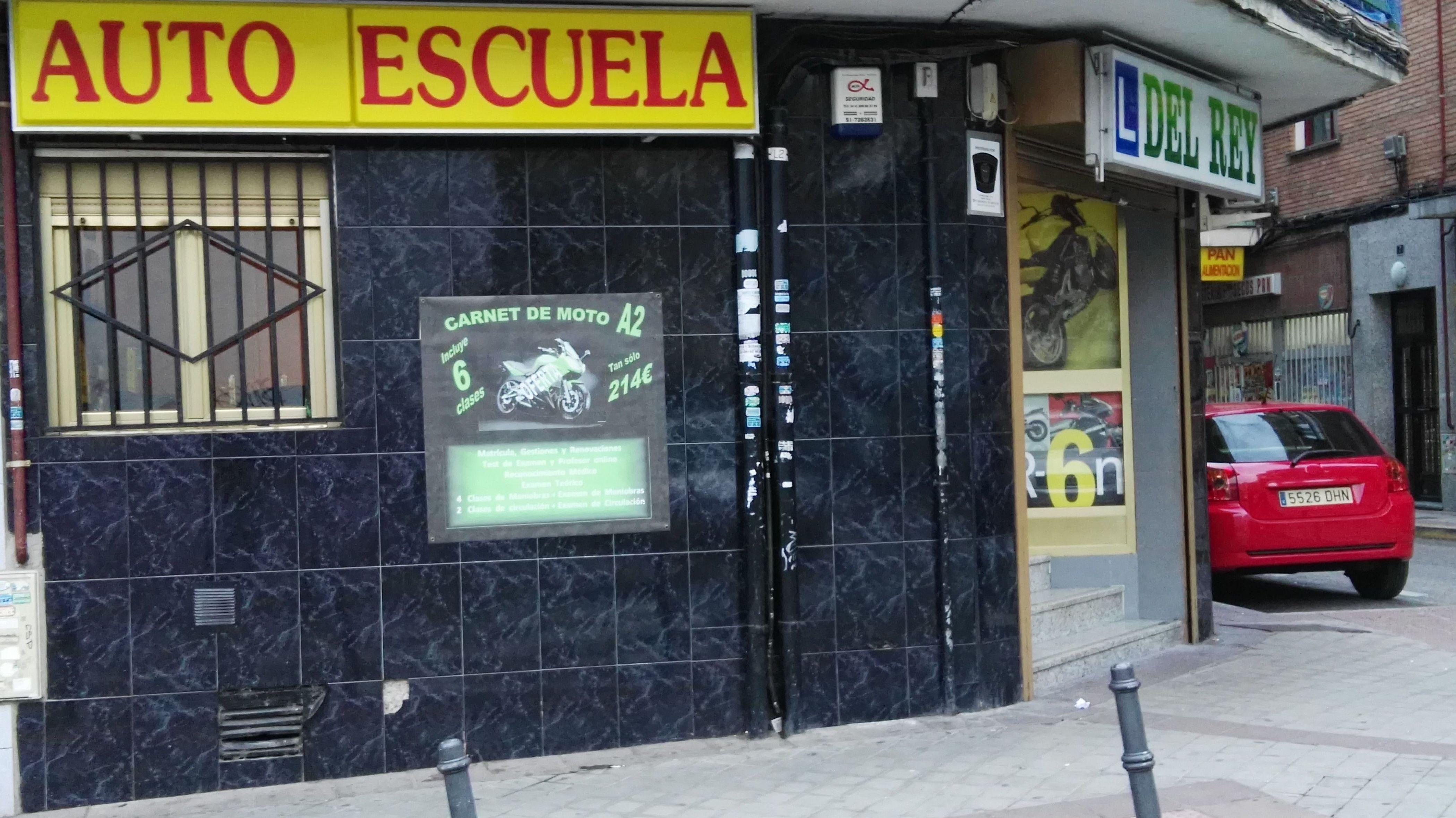 Foto 52 de Autoescuelas en Fuenlabrada | Autoescuela del Rey