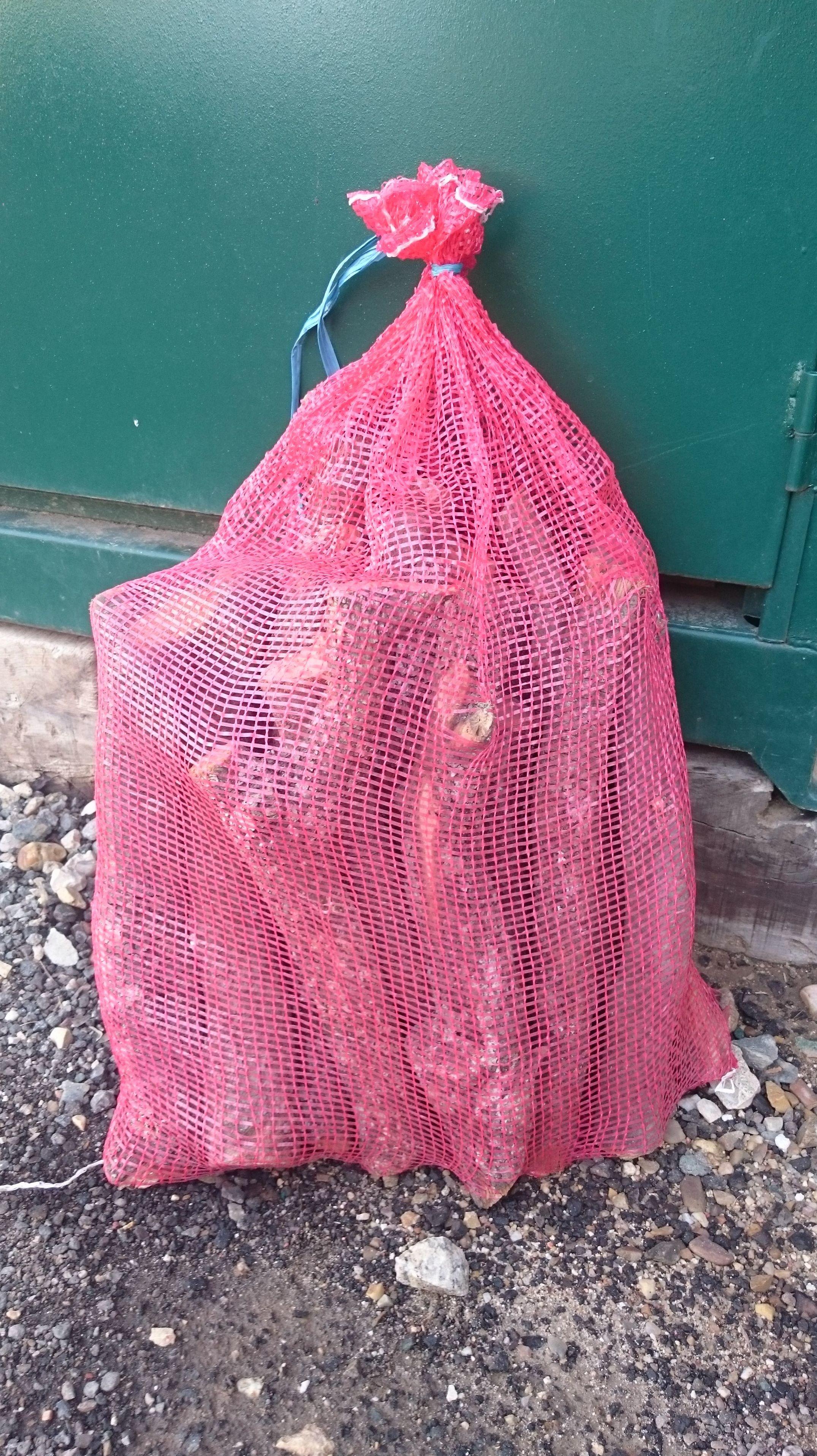 Sacos de leña de 12 kg: NUESTROS PRODUCTOS de Mofusa