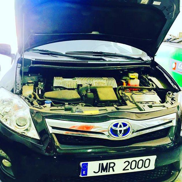 Taller de reparación para Vehículos Híbridos: Servicios de Auto Taller JMR 2000