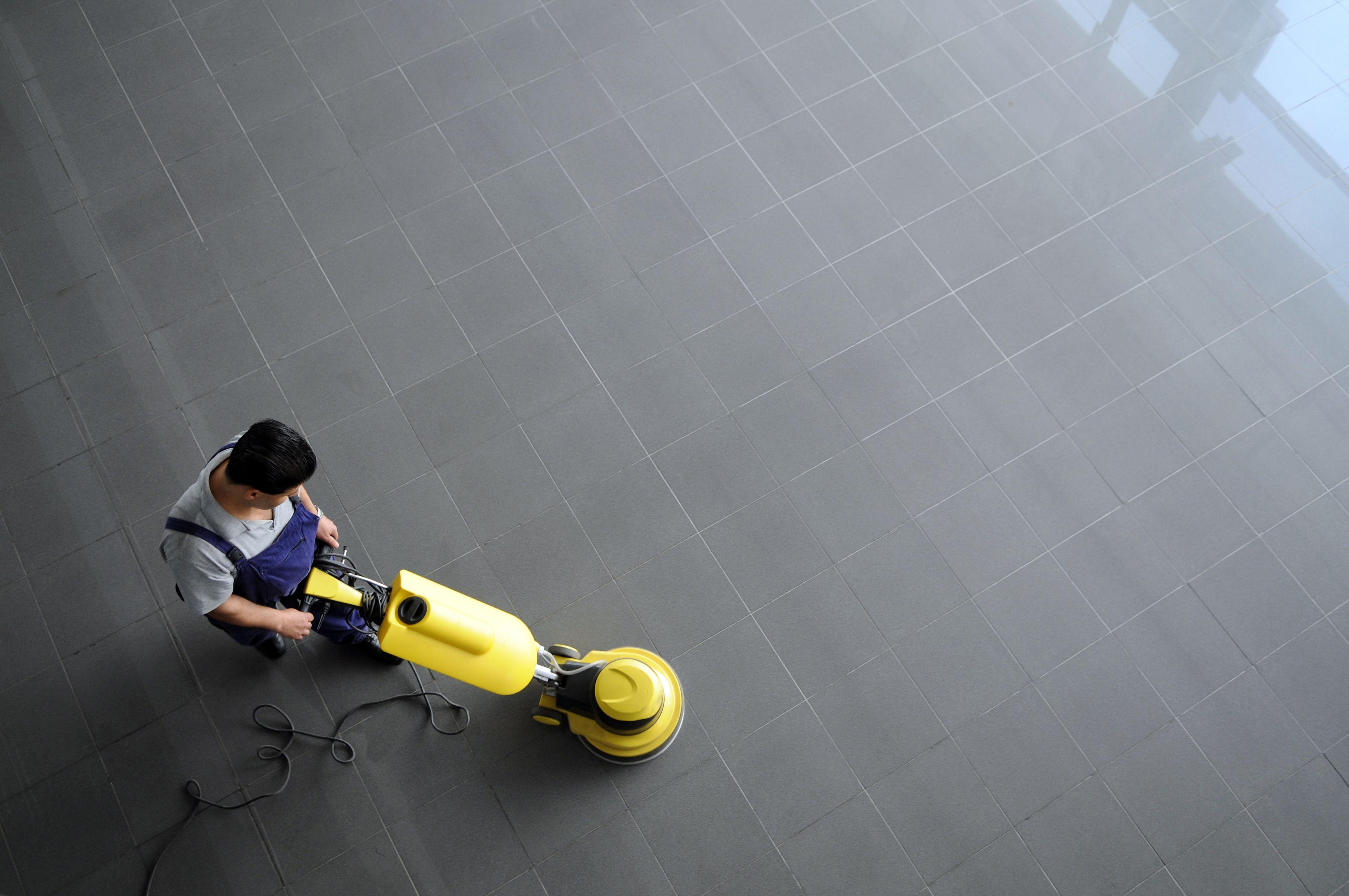 Limpieza y tratamiento de suelos: Servicios de Carlimp