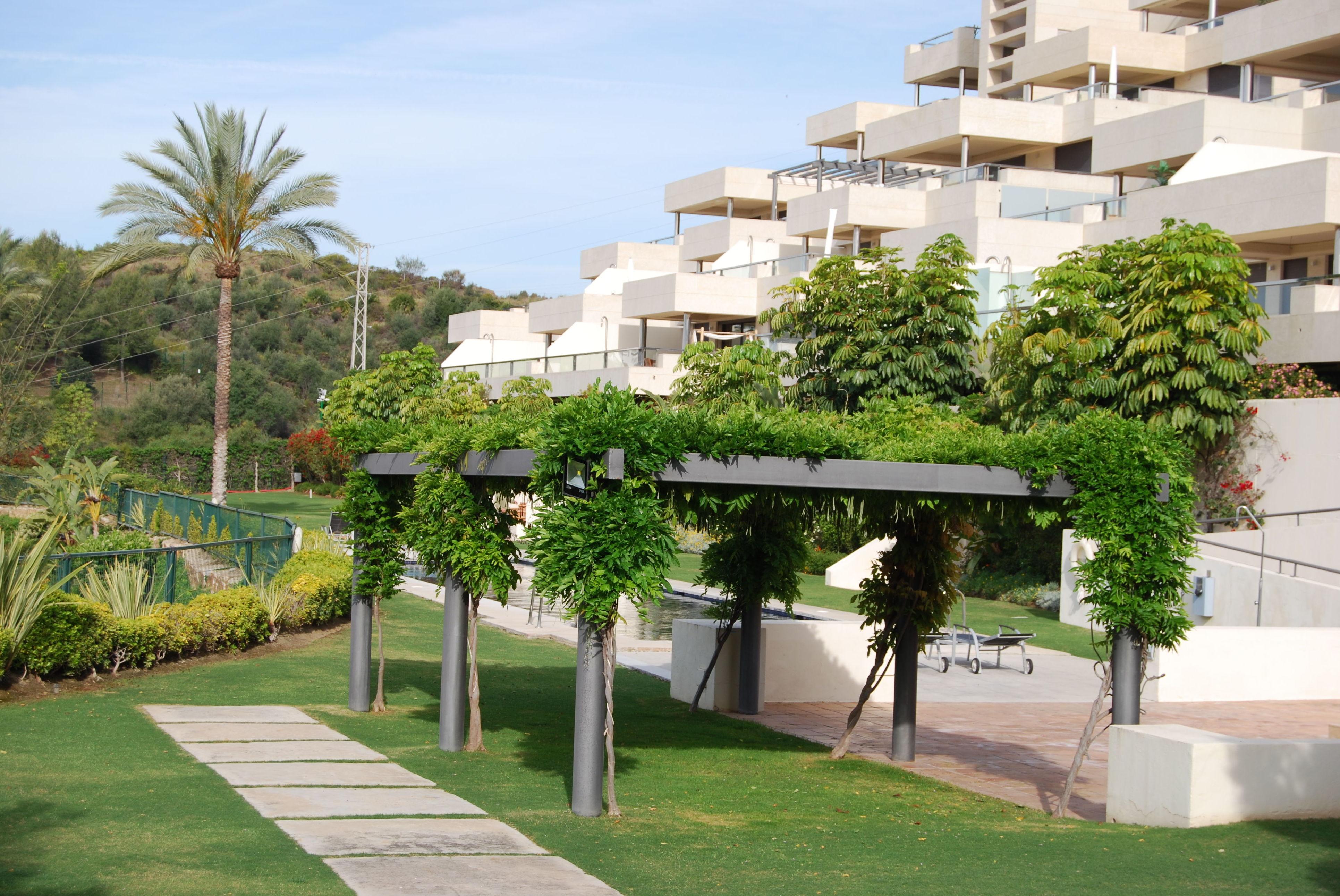 Foto 4 de Diseño y mantenimiento de jardines en San Pedro de Alcántara | Fantastic Gardens