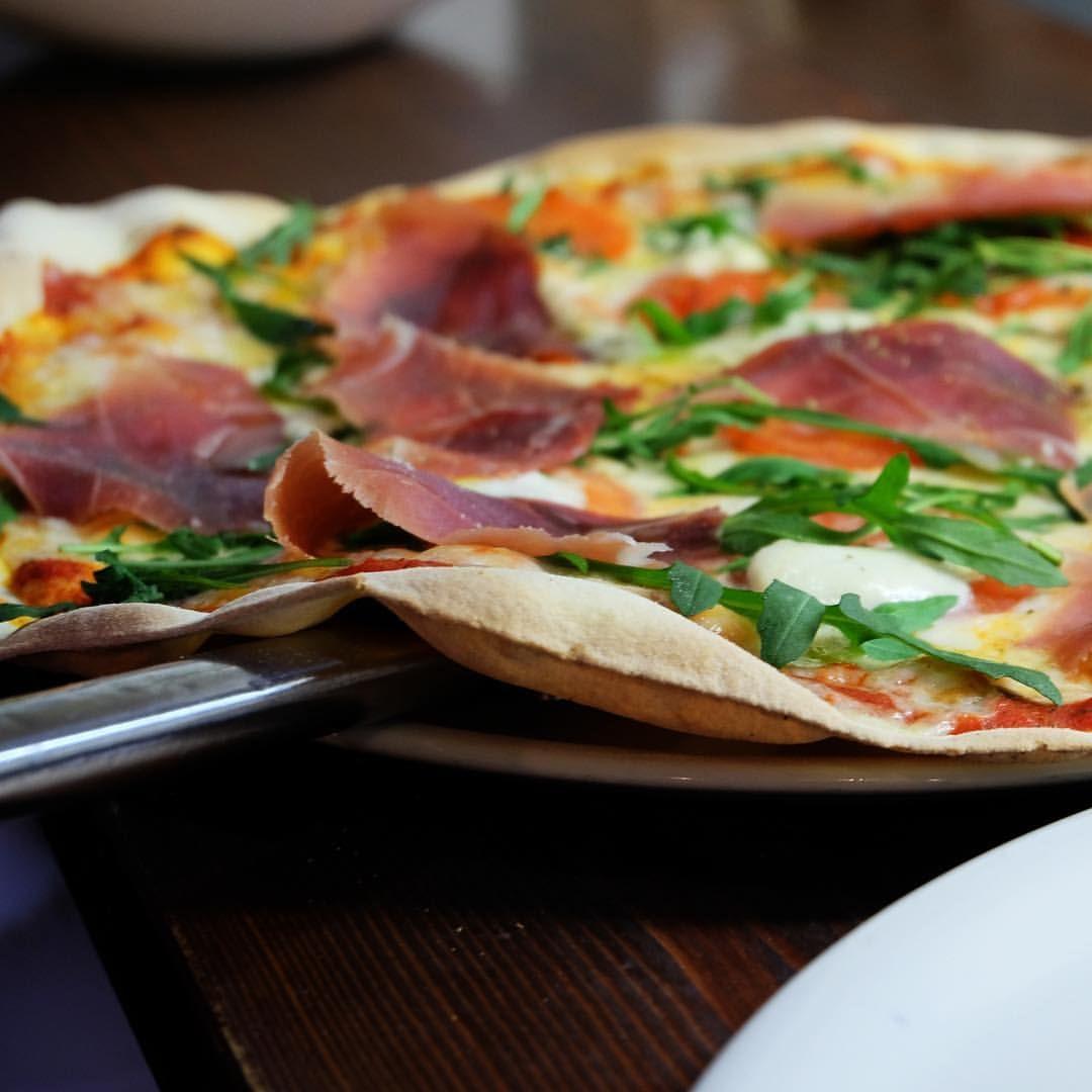 Riquísimas variedades de pizzas italianas en Zaragoza