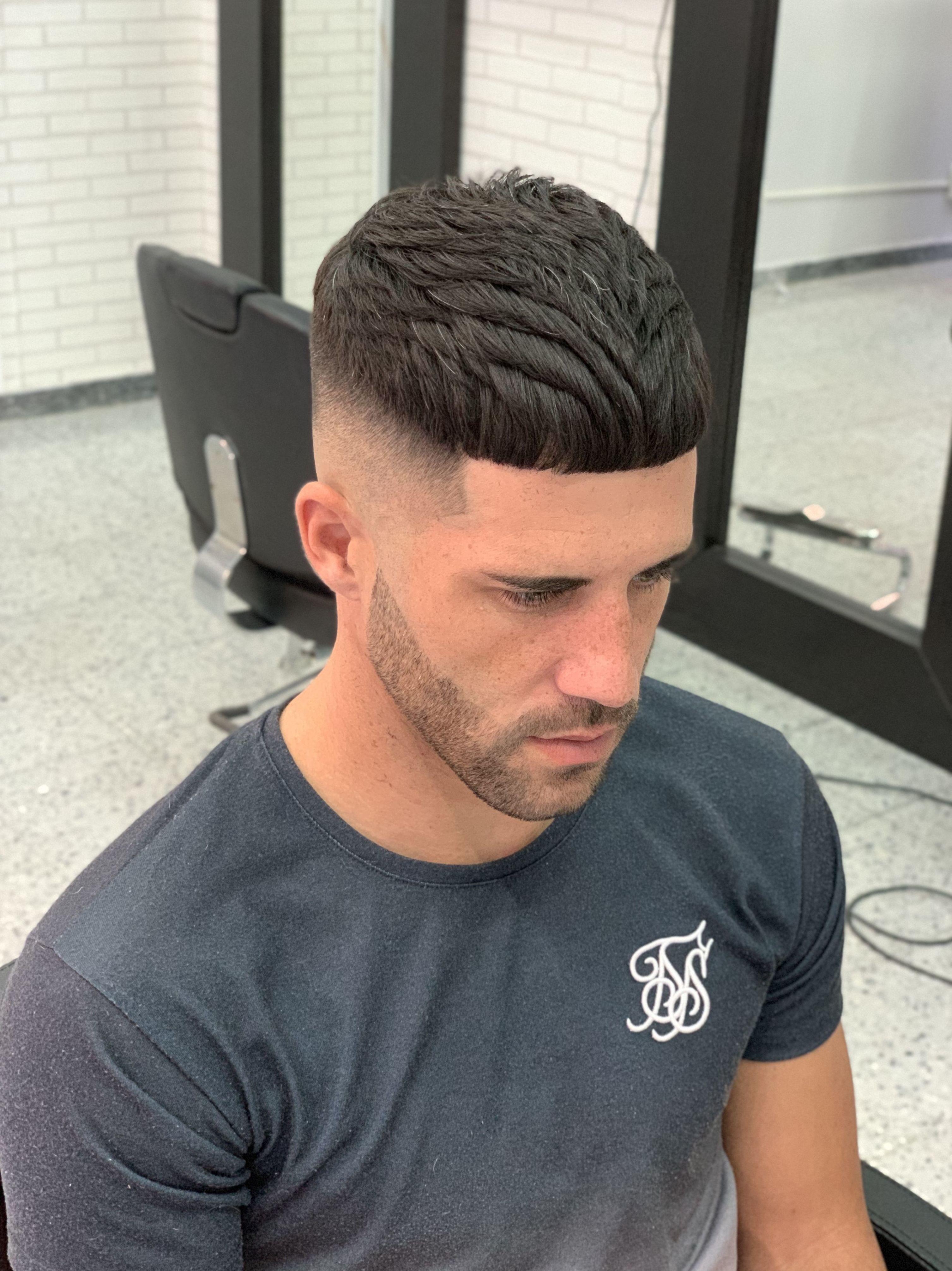 Foto 3 de Academia de peluquería y barbería en  | Academia de Barbería David Cabello