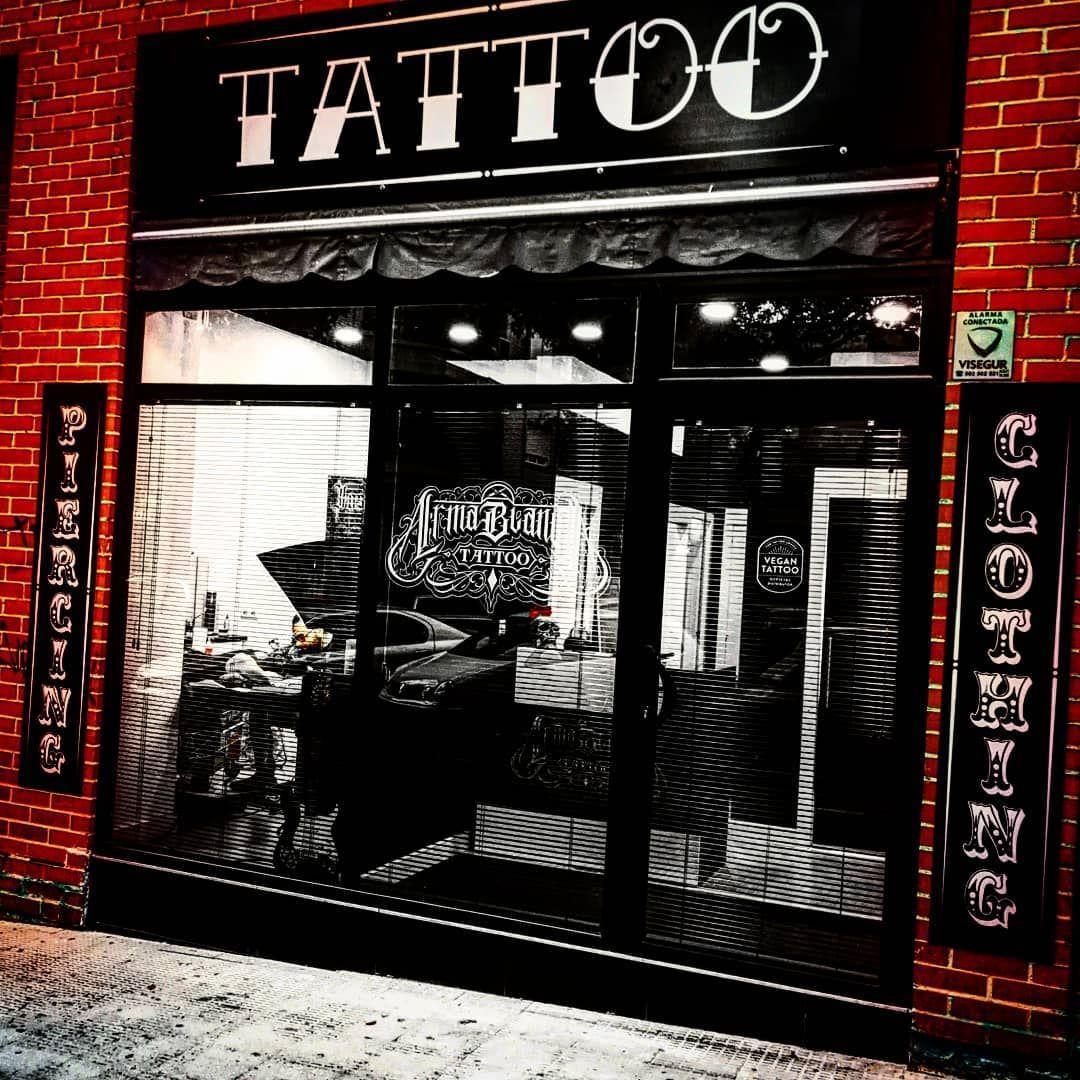 Estudio de tatuajes  en Coslada