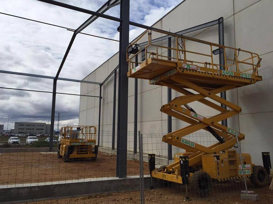 Alquiler de maquinaria de obra pública en León