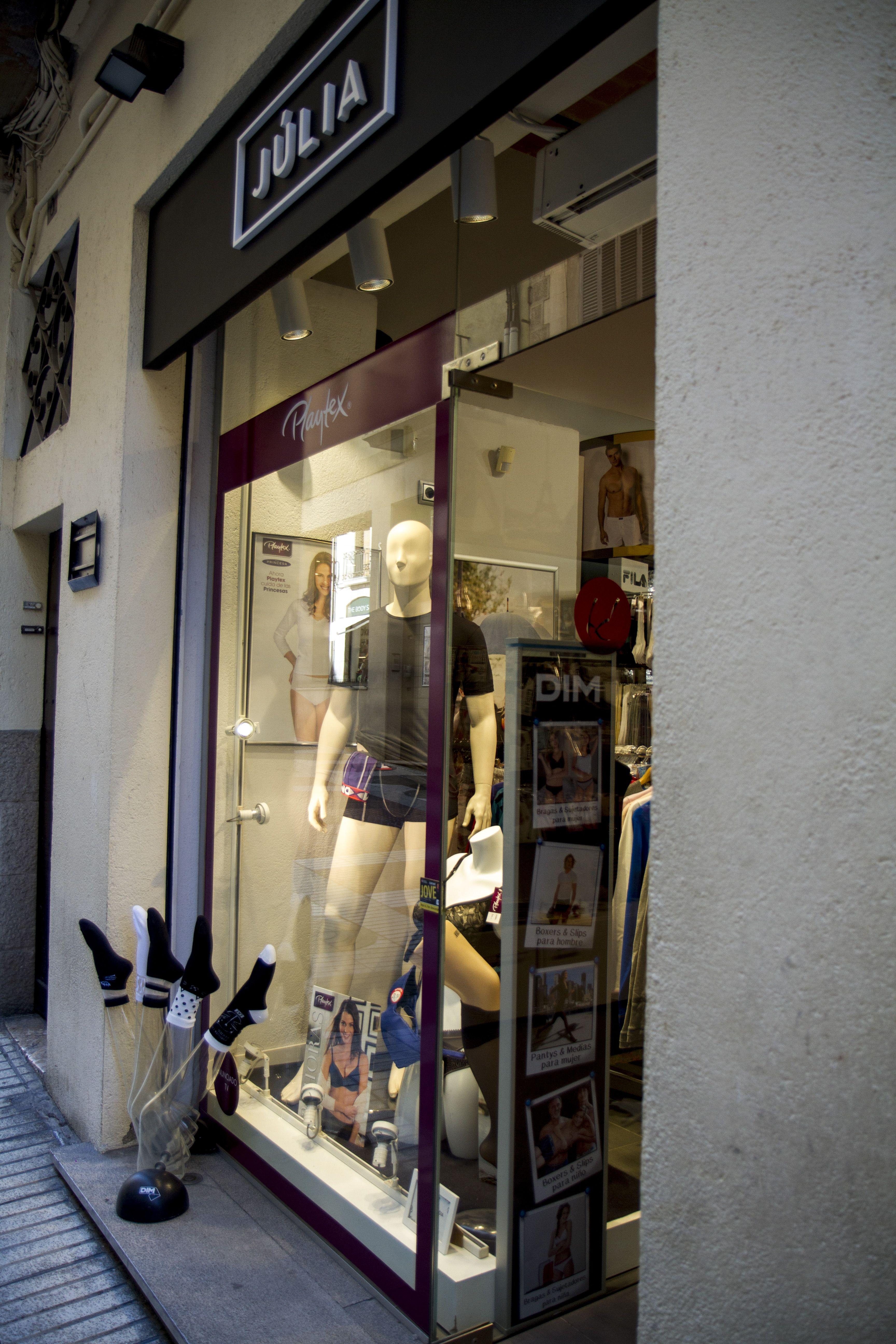 Ropa interior en Girona