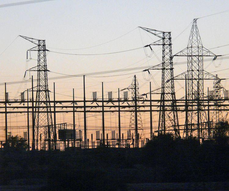 Montaje de torres eléctricas en Tarragona