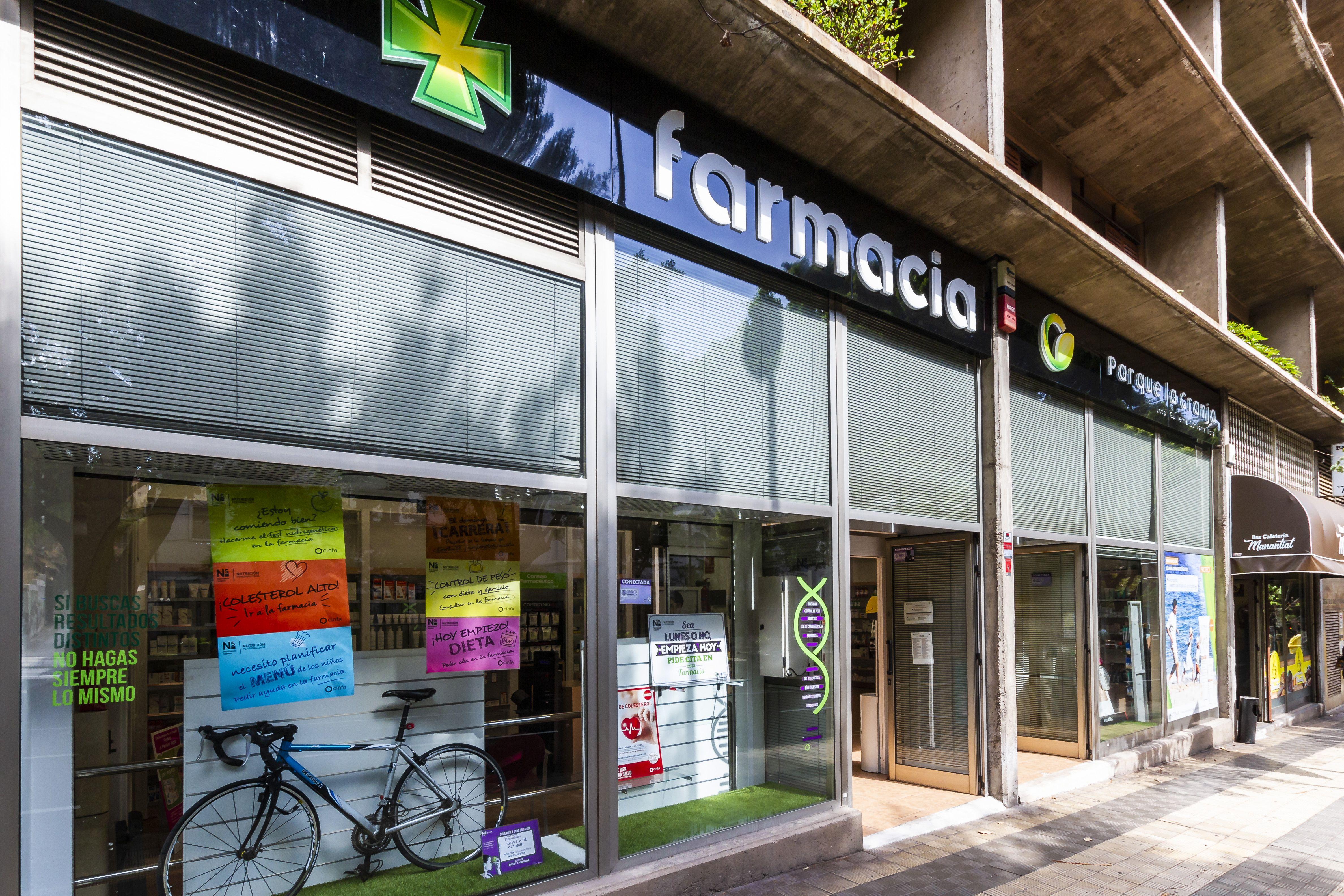 Foto 1 de Farmacias en Santa Cruz de Tenerife | Farmacia Parque La Granja