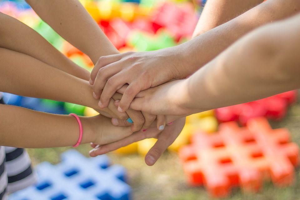 Estrategias terapéuticas en comunicación y habilidades sociales: Servicios de Vida Estable Psicología