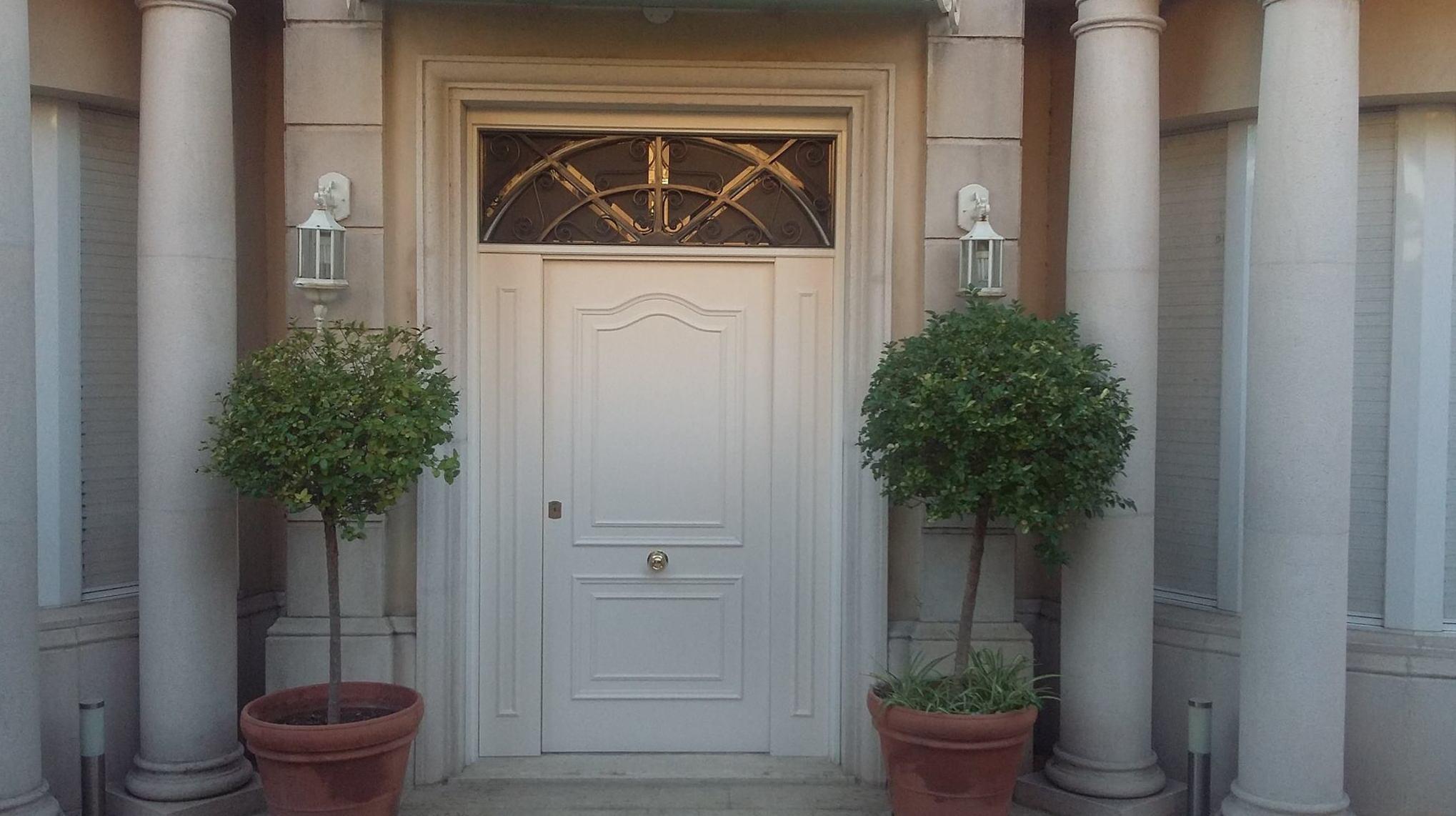 Puertas exterior Tarrassa