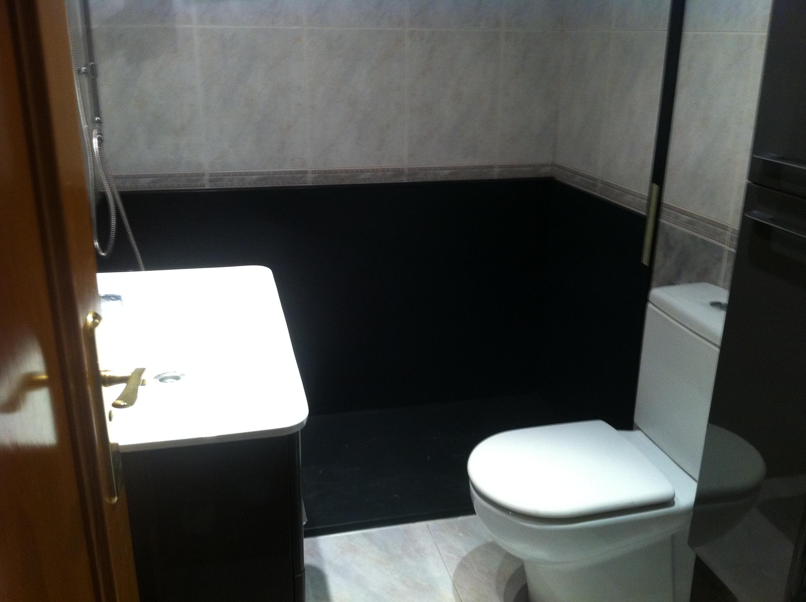Paneles, muebles baño y Conjunto Gran Ducha 1