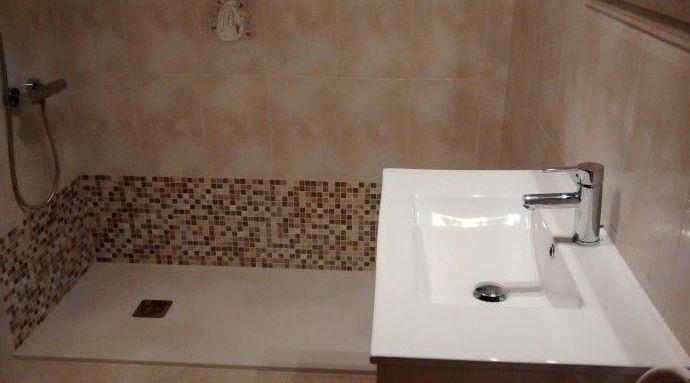 Mueble baño y grifería