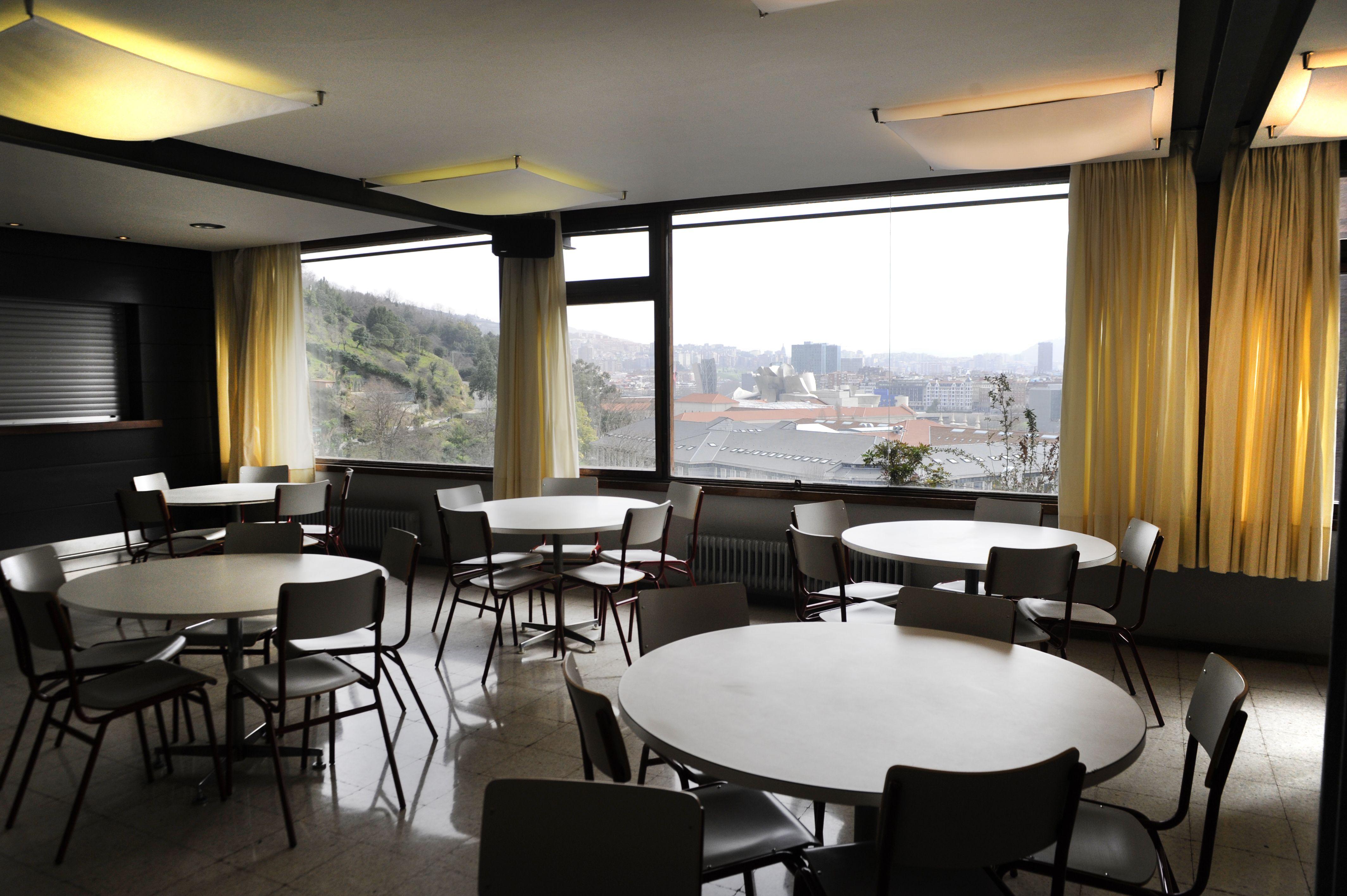 Foto 12 de Residencias de estudiantes en    Colegio Mayor Deusto