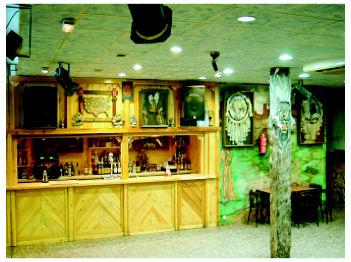 Foto 2 de Cocina norteamericana en Leganés | Saloon - Bar El Paso