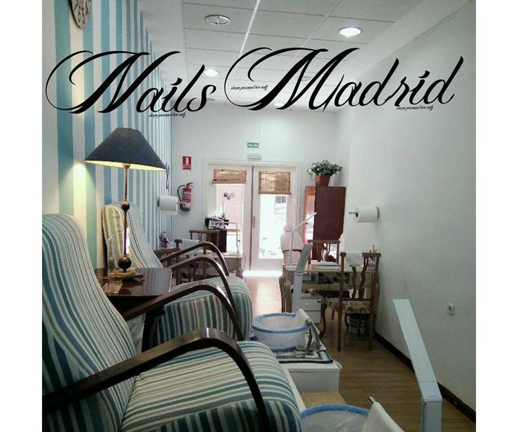 Aplicaciones de pestañas pelo a pelo en Nails Madrid