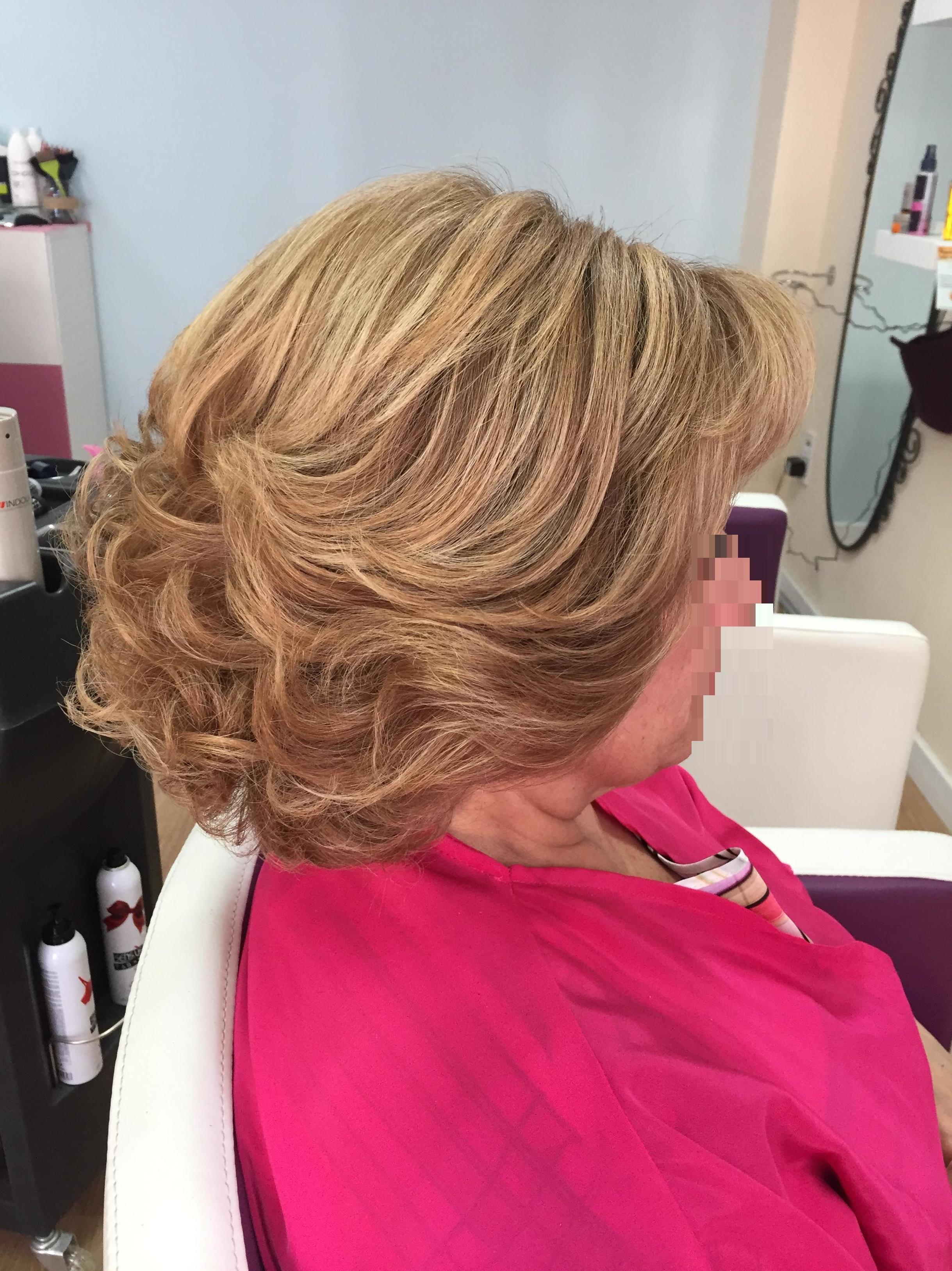 Peinado media melena para arriba