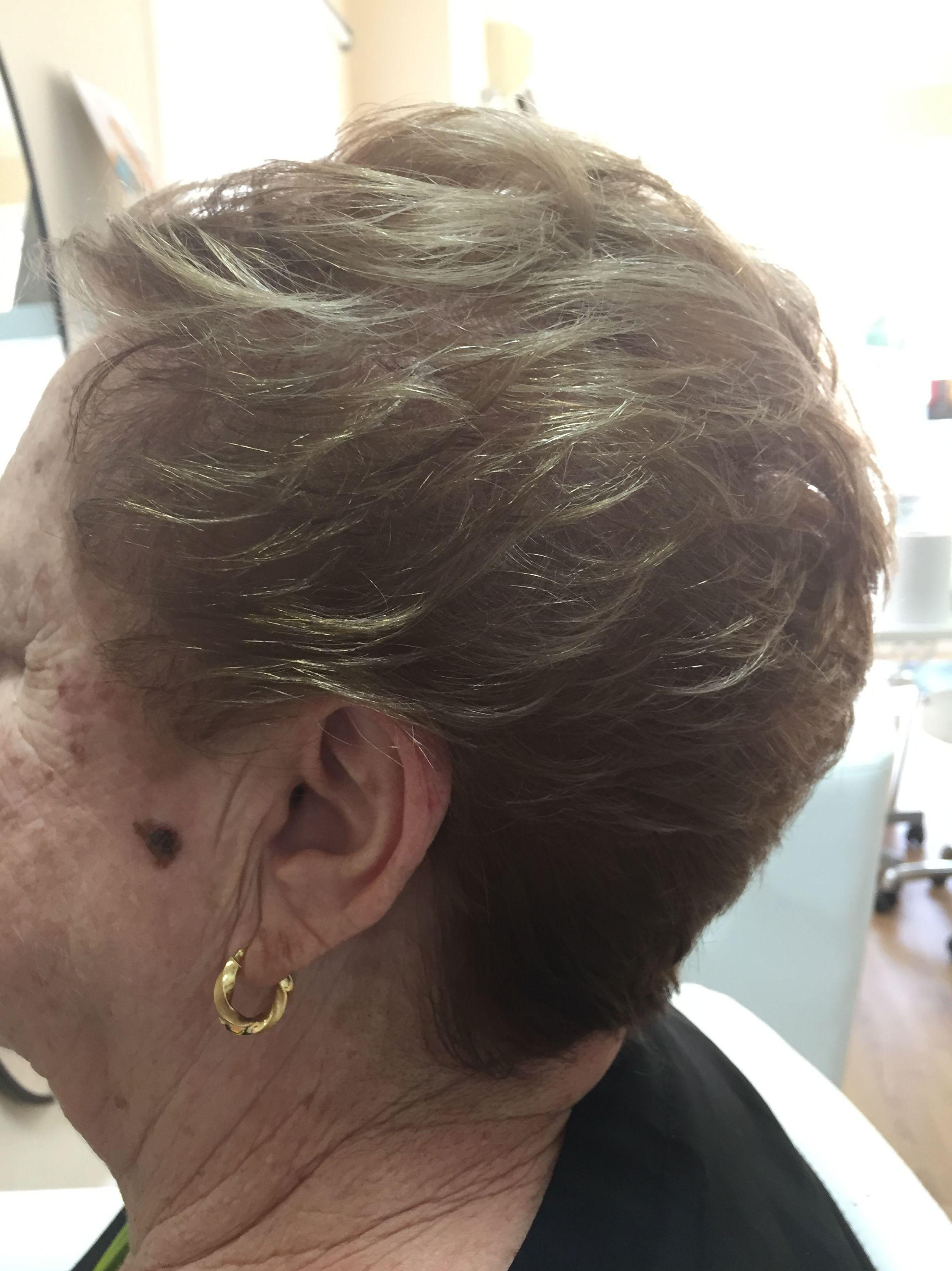 Peinado de señora de 60 años
