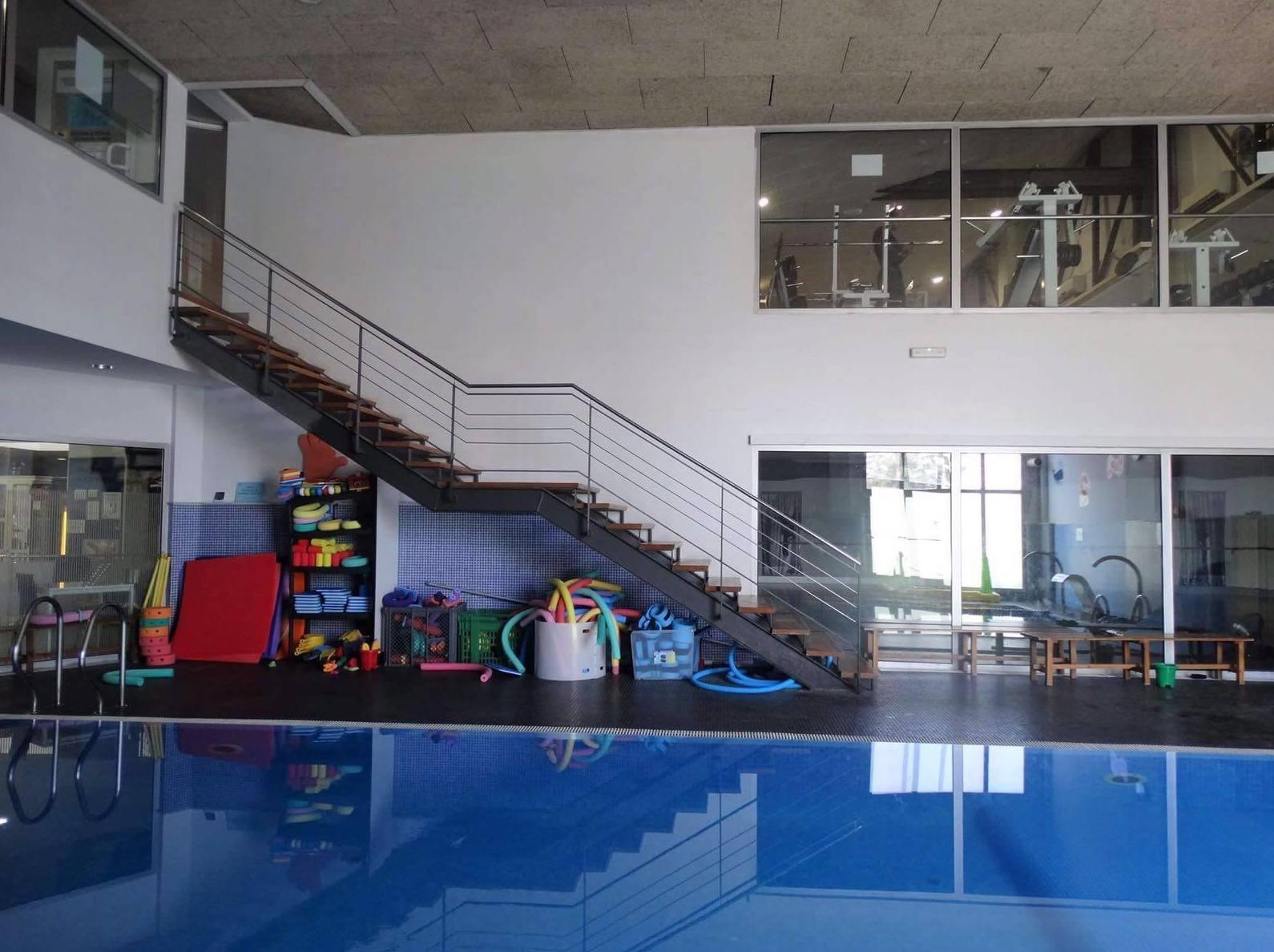 Cursos de natación infantil en Gimnàs Record, El Vendrell