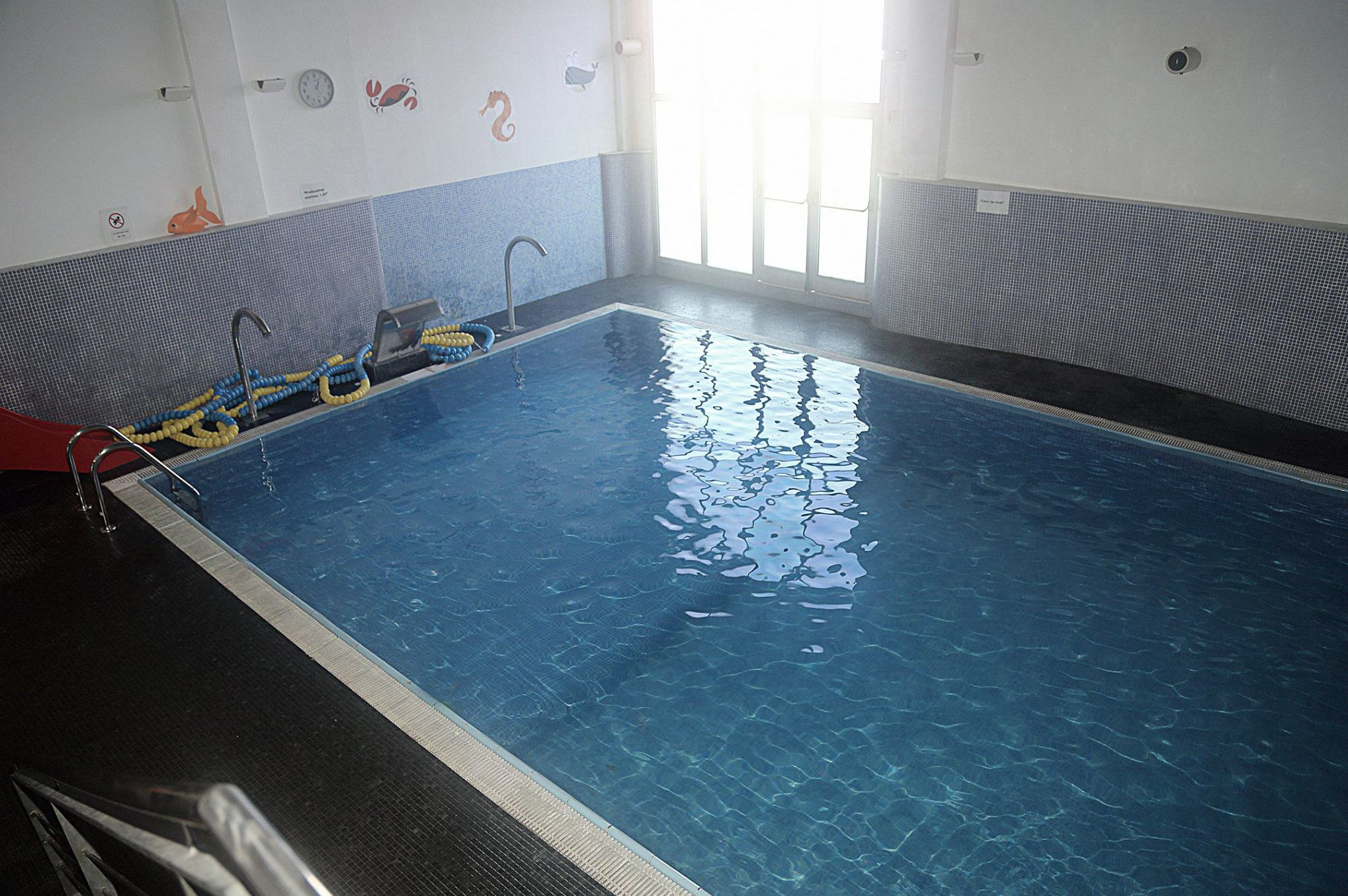 Gimnasio con piscina en El Vendrell
